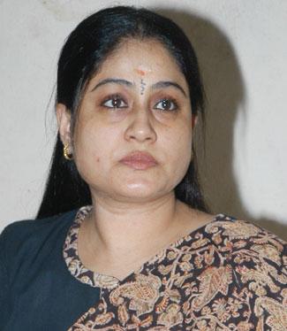 http://www.alaikal.com/news/wp-content/pic-vijayashanti.jpg