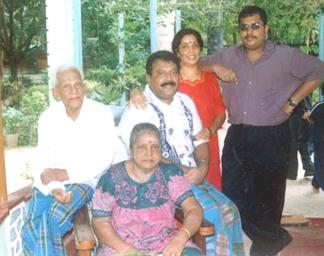 http://www.alaikal.com/news/wp-content/pirapa-family.jpg